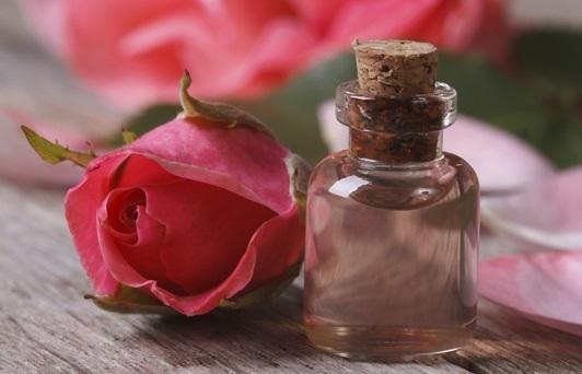 Масло розы применение в косметологии, отзывы